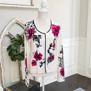 Whimsical Cardigan with a Touch of Romance